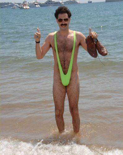 мужские стринги на пляже фото