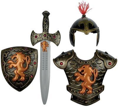 Шлем, кольчуга, щит и меч