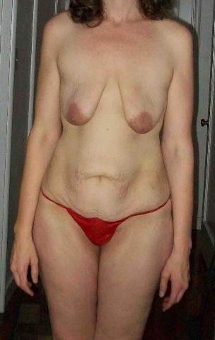 может обвисшая грудь пожилых женщин фото дара